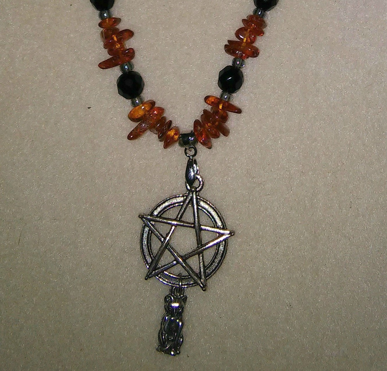 Amber and Jet Black Cat Pentacle_Detail